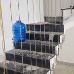 Giải pháp thay thế cầu thang truyền thống bằng Cáp tăng đơ cầu thang